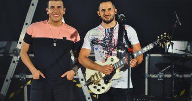 Vitor & Cadu lançam músicas do DVD Case nas plataformas digitais
